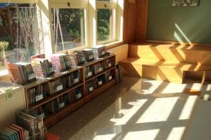 9-5-12 Books in bins & Reading Bleachers